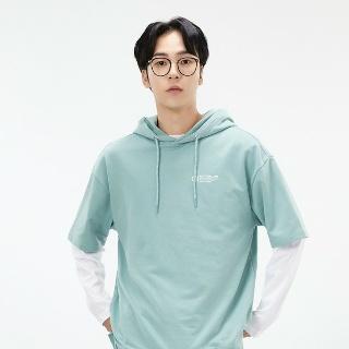 모다아울렛 [체이스컬트] 남여공용  AEZU5802A0S 오버핏 라벨 포인트 후드티 - NO.1 패션전문 온라인몰